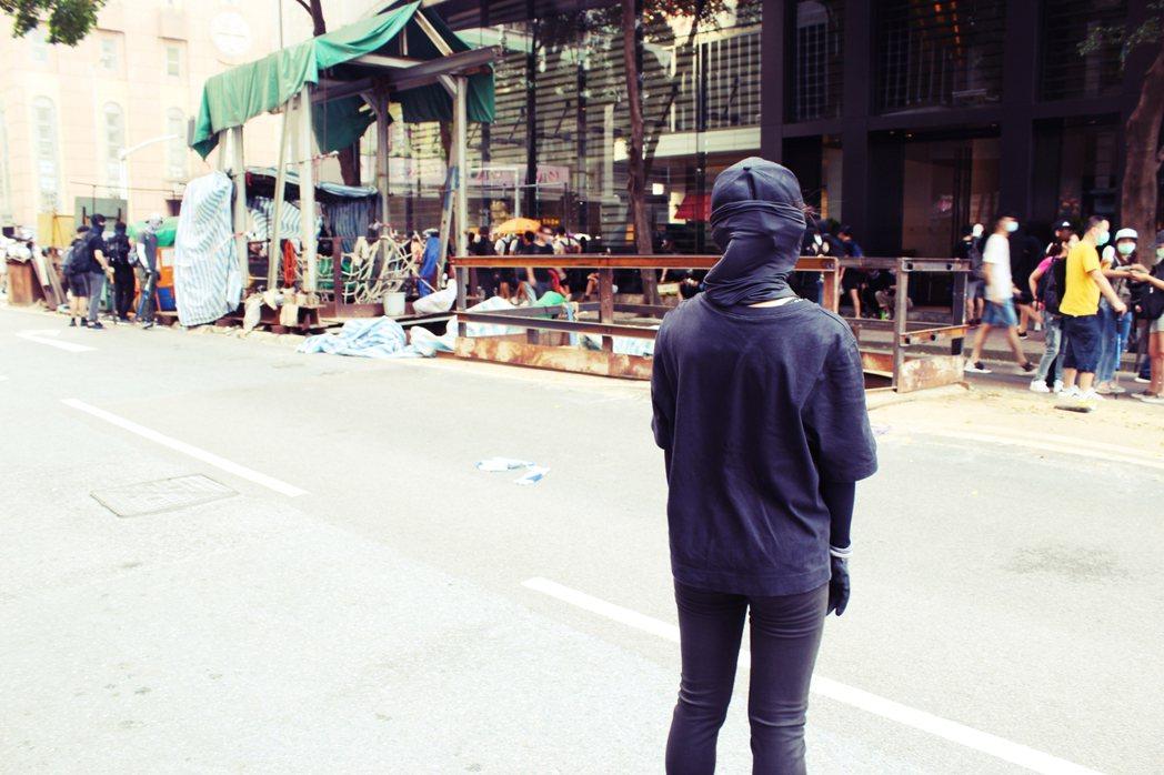 15歲的阿草(化名)第一次走上街頭抗爭,是在6月12日。雖然尚未成年,但經過過去...