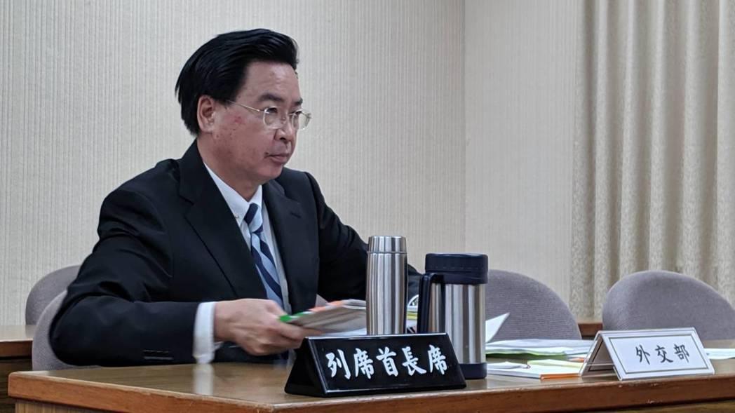 外交部長吳釗燮今列席立法院外交與國防委員會進行業務報告並備詢。記者蔡佩芳/攝影