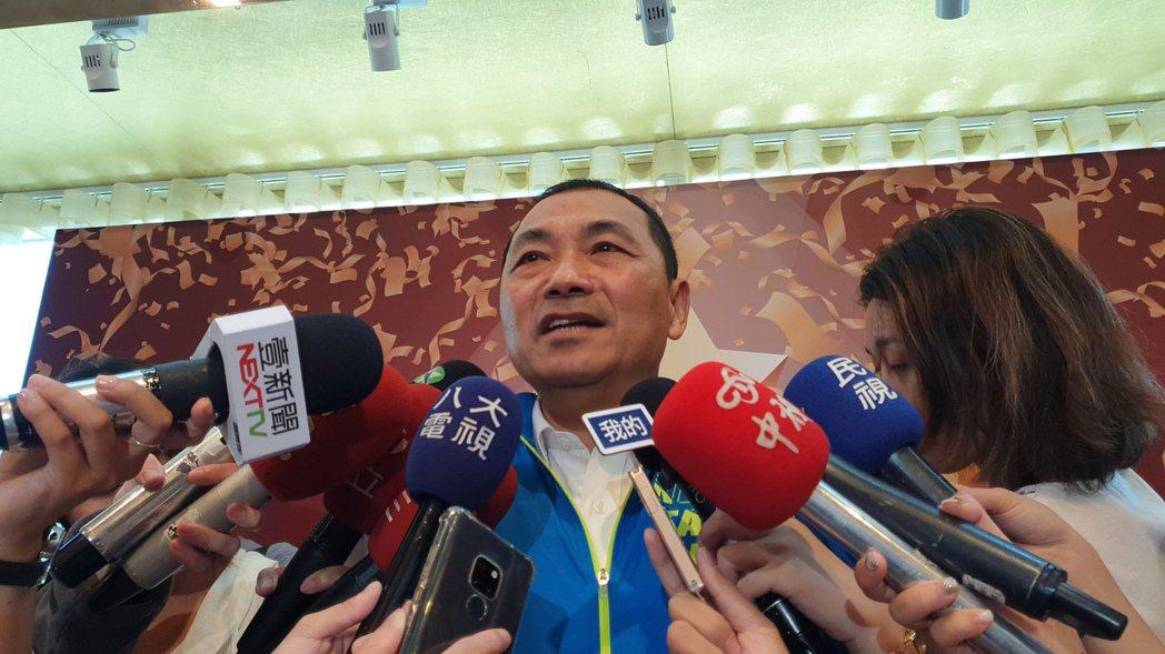 新北市長侯友宜說,李佳芬幫韓國瑜助選拜票很正常。記者胡瑞玲/攝影