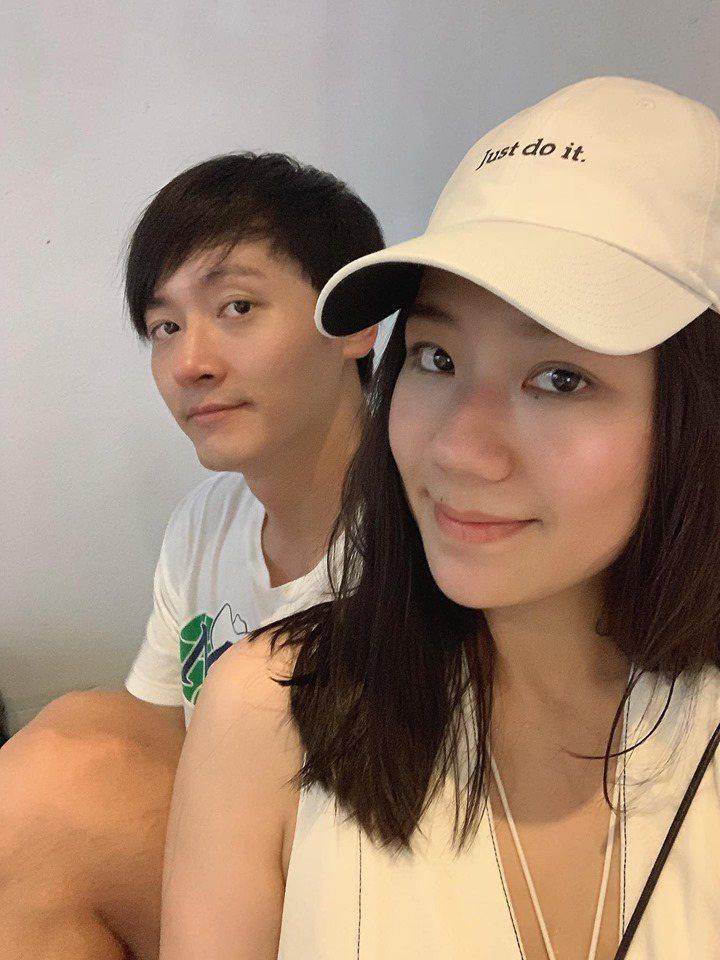 梁敏婷(前)公開許多與馬俊麟過往恩愛合照。圖/摘自臉書