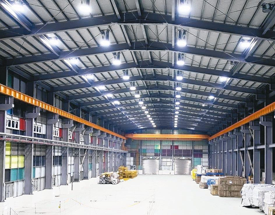 陽昇綠能光導照明系統達到極佳照明、節能與省電的效果。 業者/提供