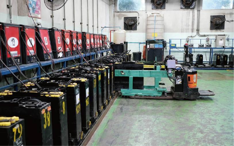 日日興「充電機房管控系統」,為業界首創。業者/提供