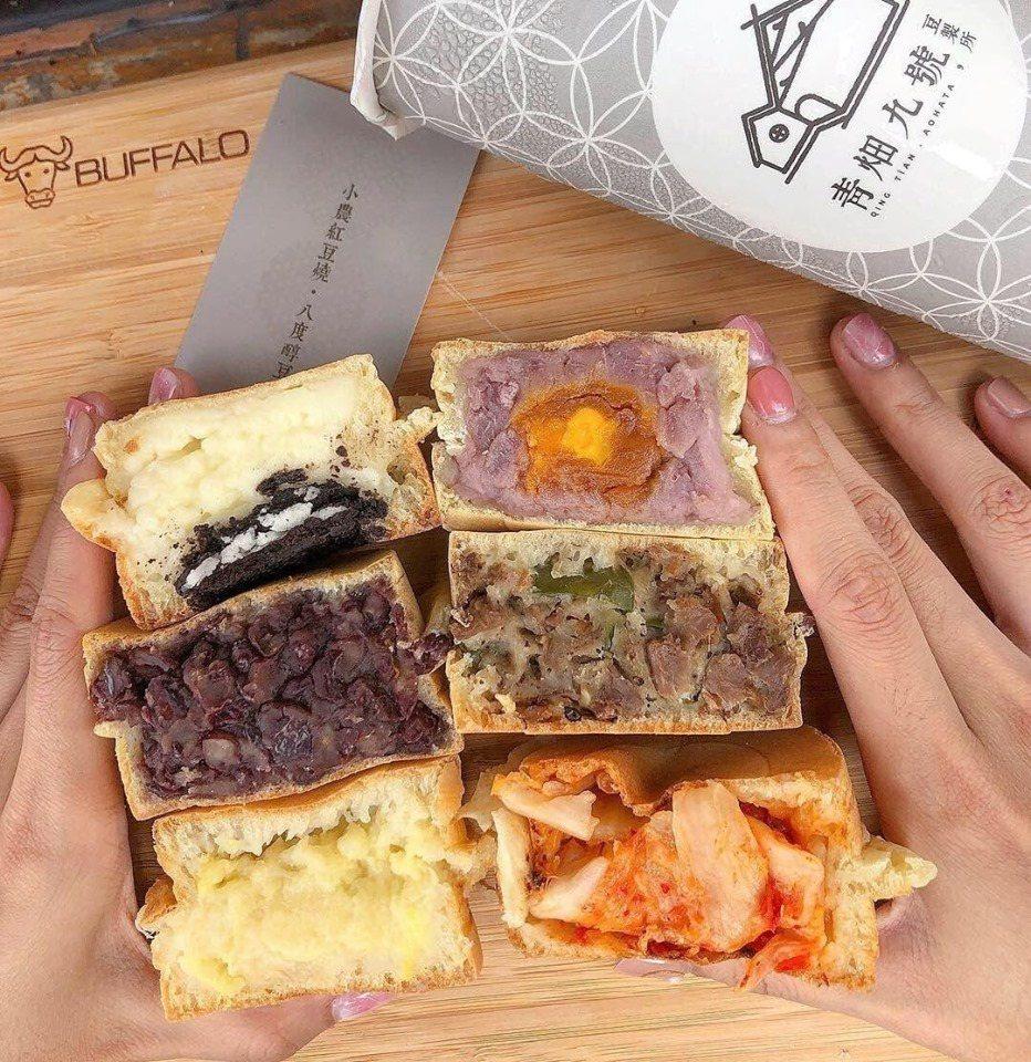 青畑九號豆製所老闆自電子業轉行做紅豆餅,改良口味有甜有鹹,深受竹科周遭公司喜愛。...