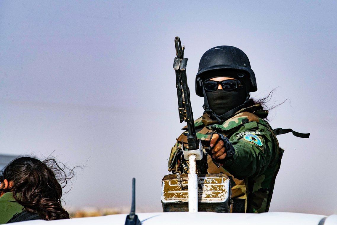 敘利亞庫德族戰士。 圖/法新社