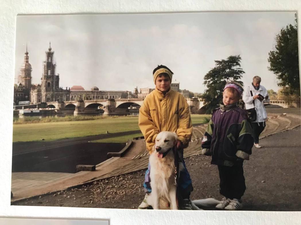 黃金獵犬最早約是1960年代引入西德,但其實仍算很少見,大約到了1990年代末才...