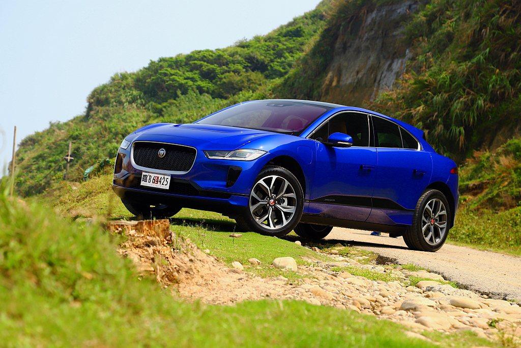 Jaguar I-Pace電動車問世後就連續奪下全球與汽車相關超過60個獎項,創...