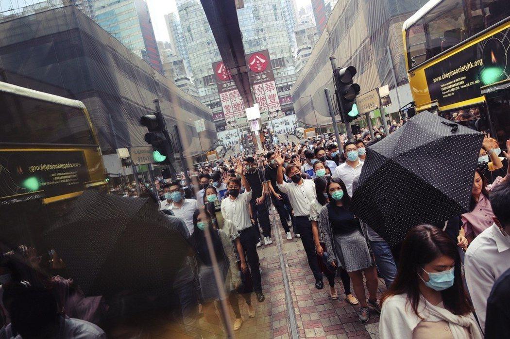 10月4日,香港。《禁蒙面法》。 圖/歐新社