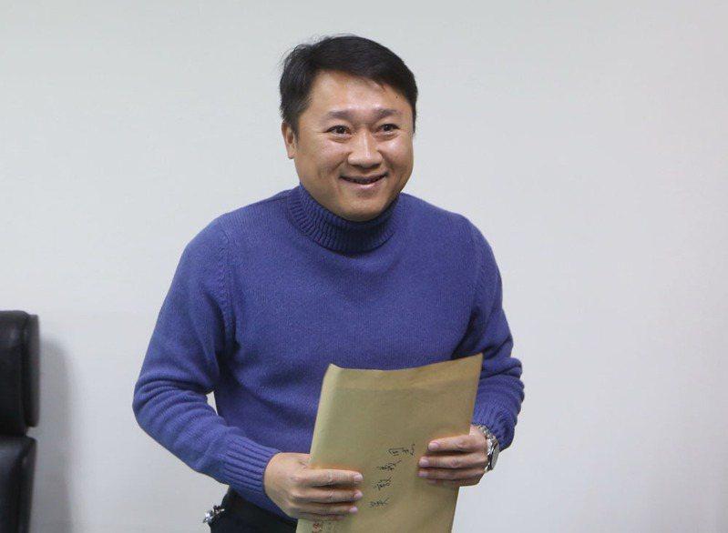 李哲華(圖)遭拔官當天,還與秘書長曾永權南下開輔選動員會議。攝影/郭晉瑋