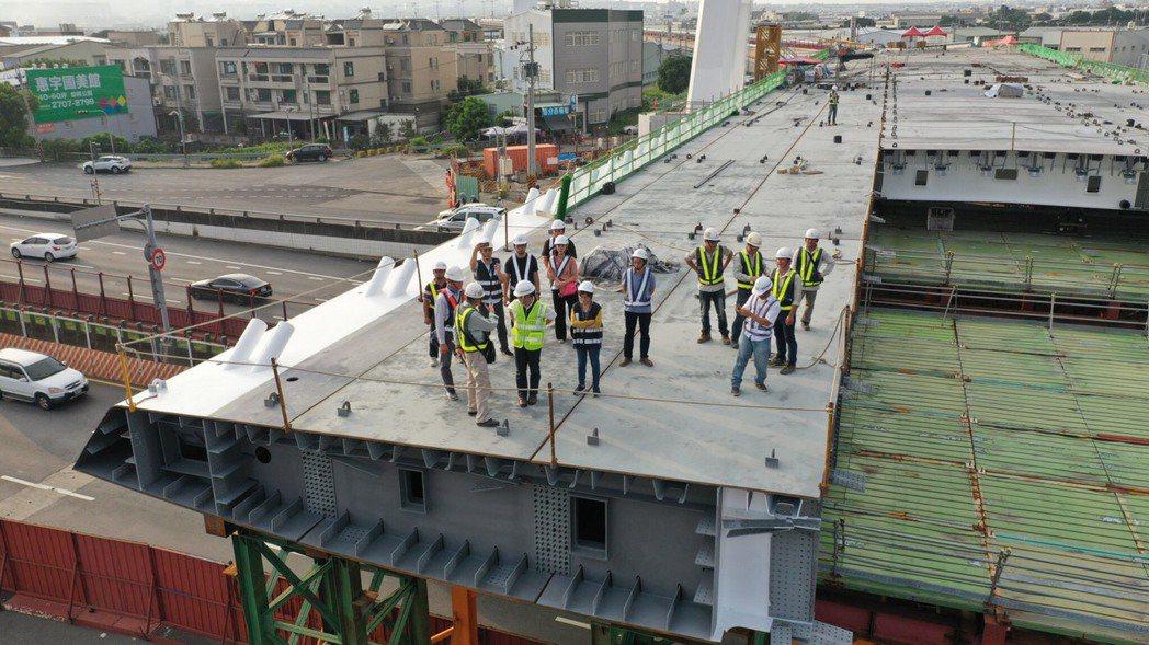 連接中科與水湳智慧城的中科路橋即將在今年底完工。圖/台中市政府提供