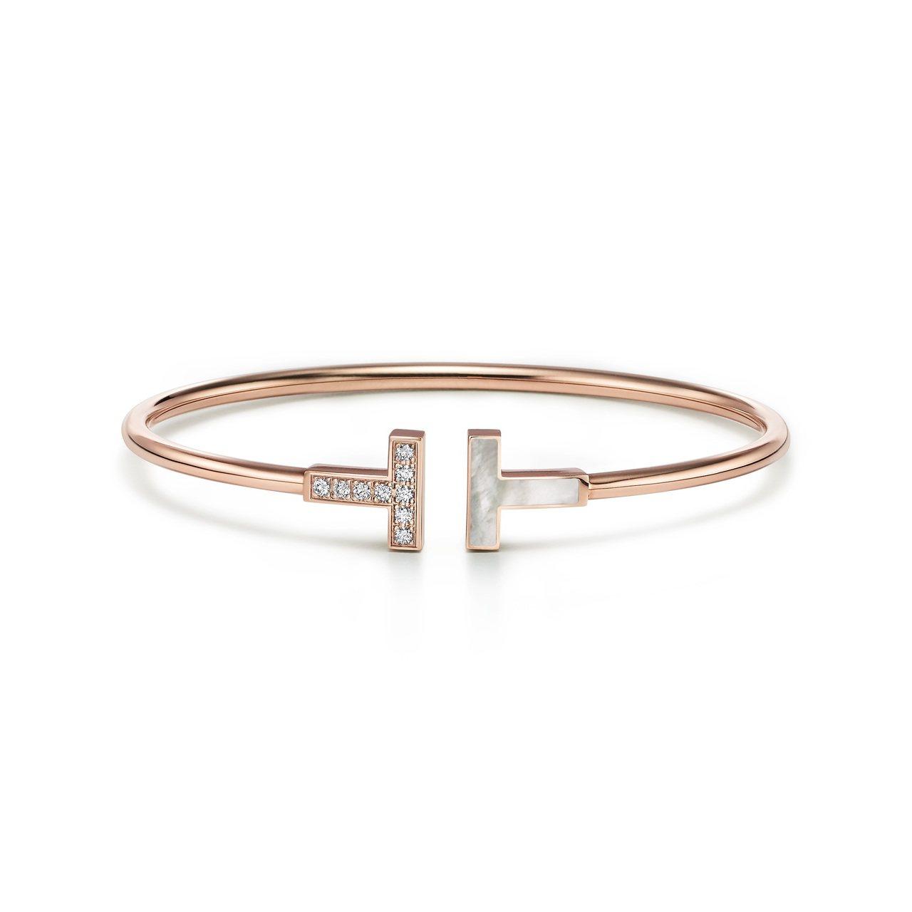Tiffany T Wire 18K玫瑰金鑲嵌珍珠母貝與鑽石手環,約92,000...