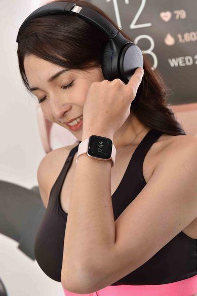 Fitbit Versa 2首次與Spotify合作,讓用戶直接透過手錶進行控制...
