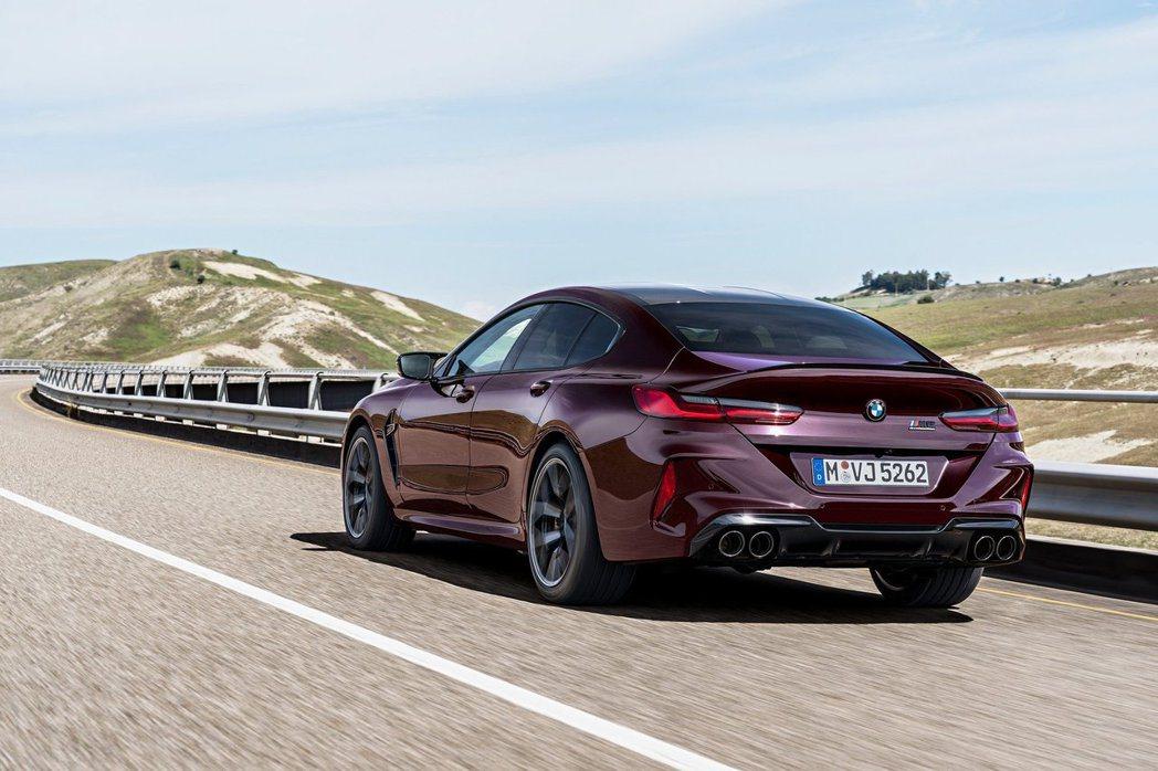 全新BMW M8 Gran Coupe (F93) 在今日(9)於官方新聞網上無...