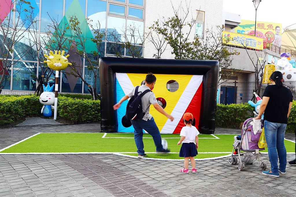《The new V-Class星動之旅 有何不可》於兒童新樂園旁打造情境式「T...