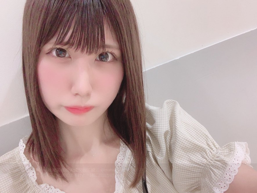 日本偶像團體「天使突拔Niyomi」現年21歲的成員松岡笑南驚傳被瘋狂粉絲襲擊。...