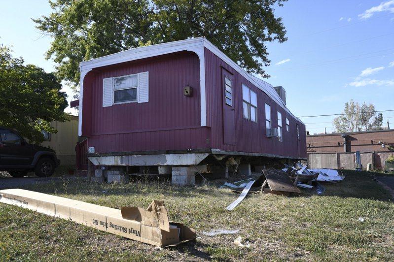 美國伊利諾伊州9歲男童涉嫌對拖車屋縱火,導致五人死亡,面臨五項一級謀殺罪名。圖為示意圖,非本新聞提到的拖車屋。美聯社