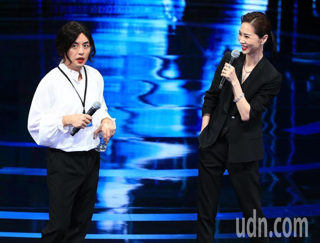 黃子佼和謝盈萱在台上一段演出十足趣味。本報資料照