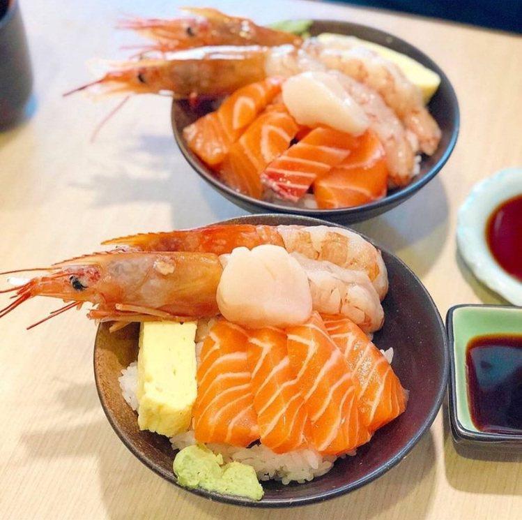 美食部落客分享「千幸壽司」的用料,相當澎湃。IG @bestfuchiko 提供