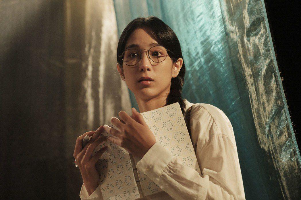 溫貞菱在話劇社遇到靈異事情。圖/HBO Asia提供