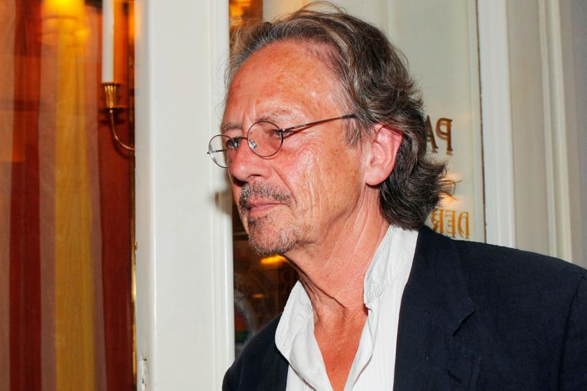 諾貝爾文學獎跌破賭盤 兩位得主皆是歐洲作家