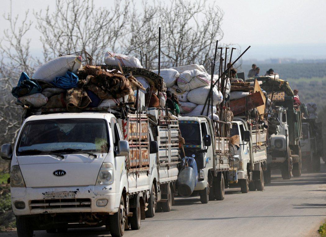 敘利亞庫德族現在擔心,去年土耳其入侵阿夫林後導致族人流離失所的情形將再次發生。 ...
