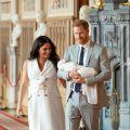 阿奇小王子超萌正面首次曝光!哈利與梅根皇室出訪南非 小王子也同行初體驗