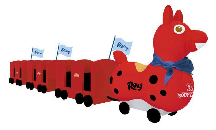 環球購物中心新北中和店周年慶期間推特別版RODY嘟嘟小火車。圖/環球購物中心提供