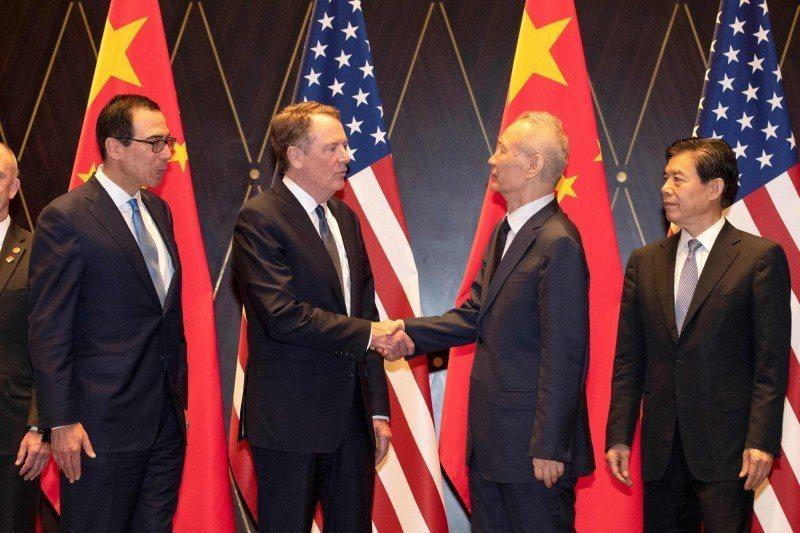 大陸國務院副總理劉鶴率團赴美談判。圖/取自法新社
