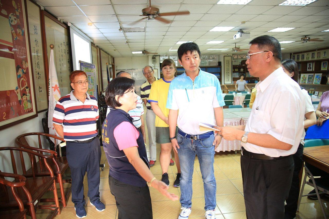 台中市副市長楊瓊瓔昨前往大雅國小視察。圖/台中市政府提供