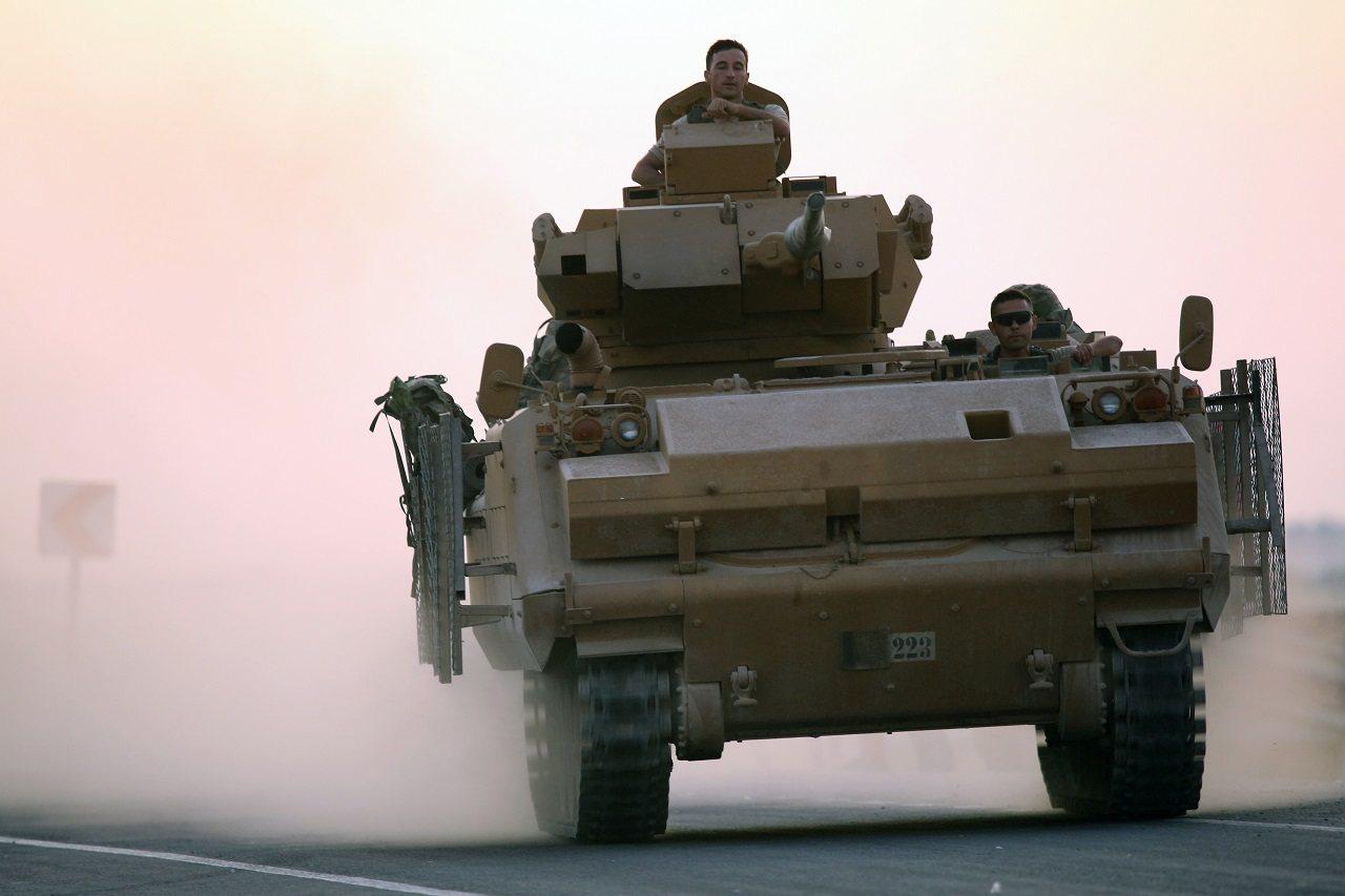 土耳其軍方9日發動打擊敘利亞庫德族的「和平之泉行動」,先是戰機空襲和火砲轟炸,地...