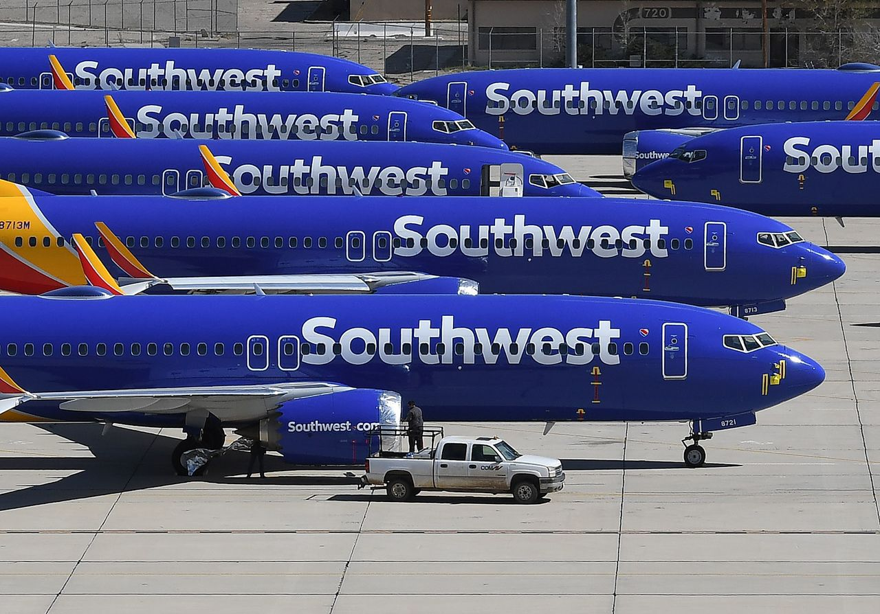 美國西南航空及巴西的高爾航空停飛13架波音737 NG飛機。法新社