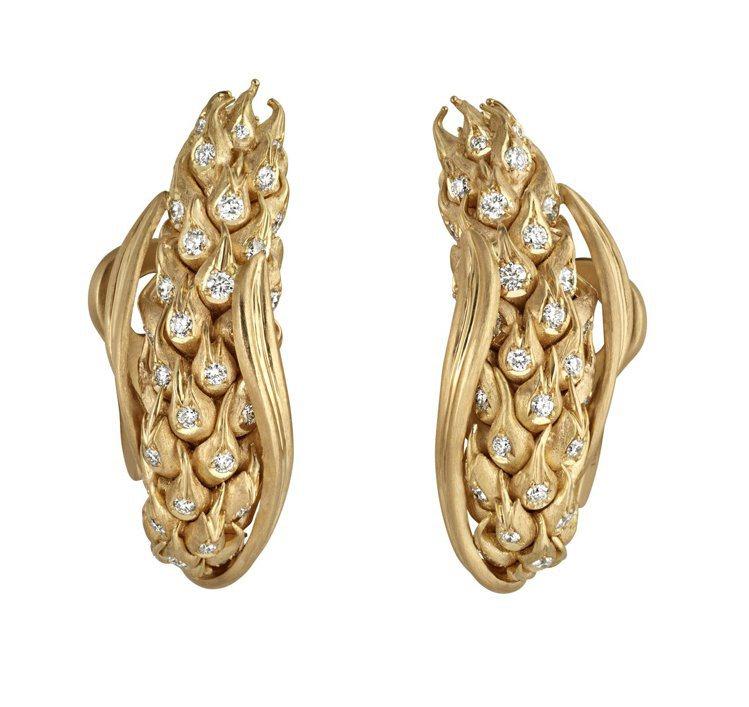 Chaumet麥穗18K黃金耳環,約60萬元。圖/Chaumet提供