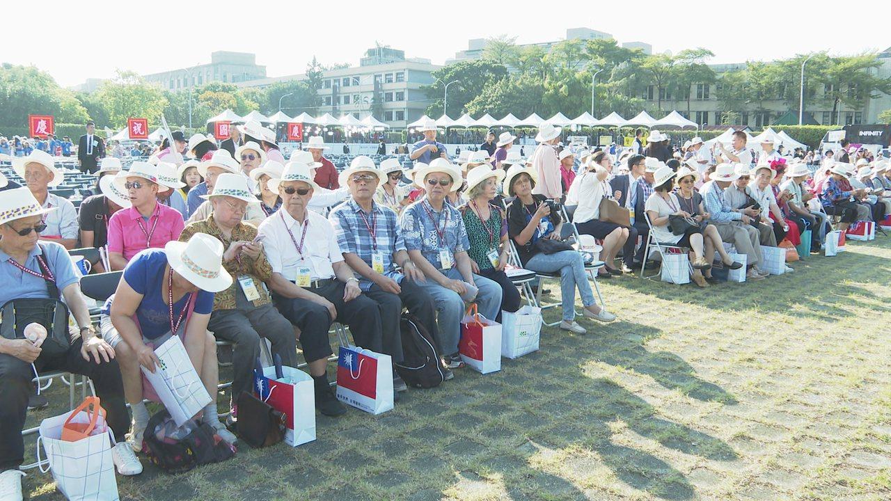 世界各地僑胞返台參加國慶活動。記者王彥鈞/攝影
