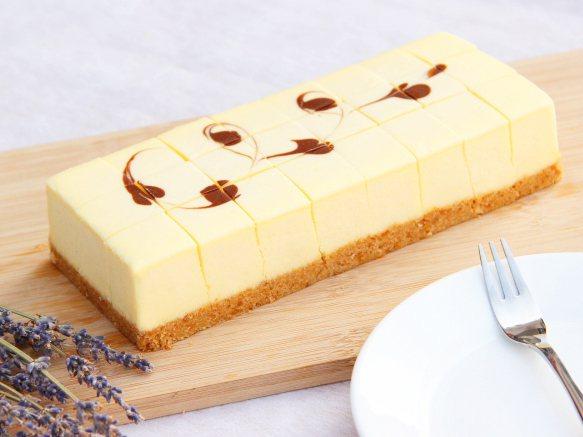 台北南西店skm pay獨家甜品,馥貴春原味重乳酪蛋糕480元。圖/新光三越提供