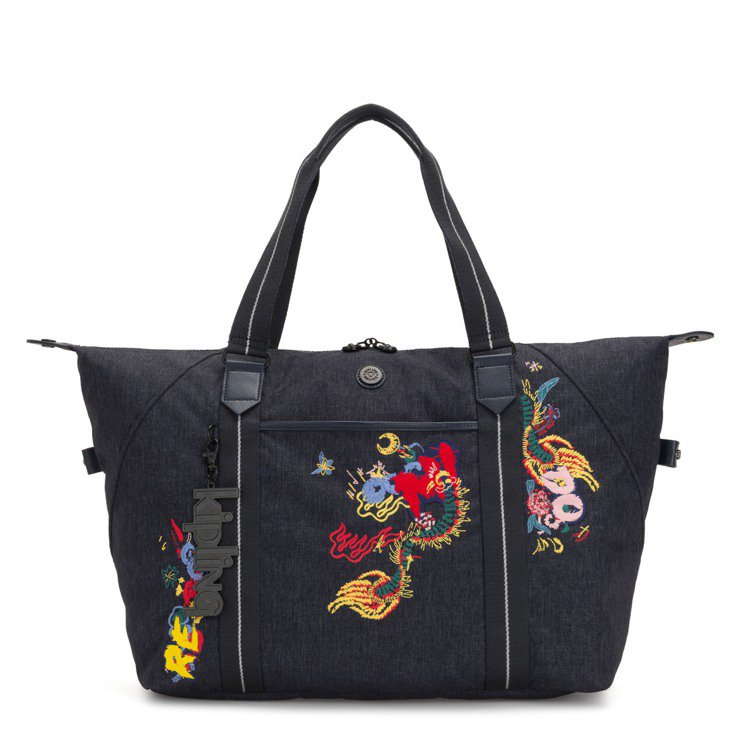 Kipling與Angel Chen聯名系列ART M托特包,6,380元。圖/...