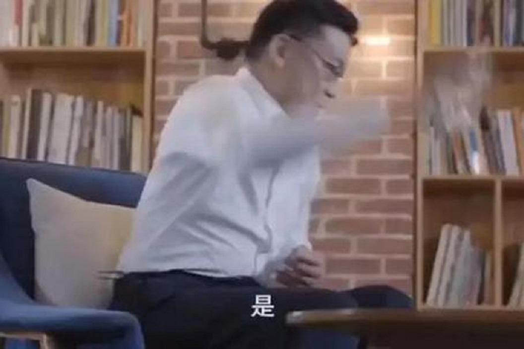 回憶被妻子逼宮 李國慶憤怒摔杯:不能原諒她