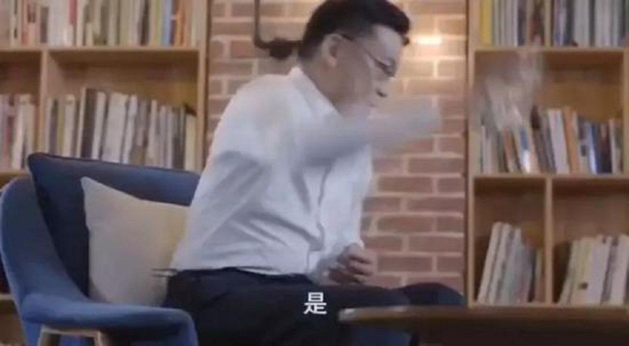 回想起被老婆俞瑜趕出當當的那一刻,當當網創始人李國慶,拿起桌子上的玻璃杯用力摔在...