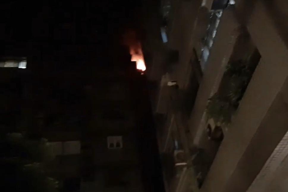 北市信義區社區大火 百名住戶倉惶逃出