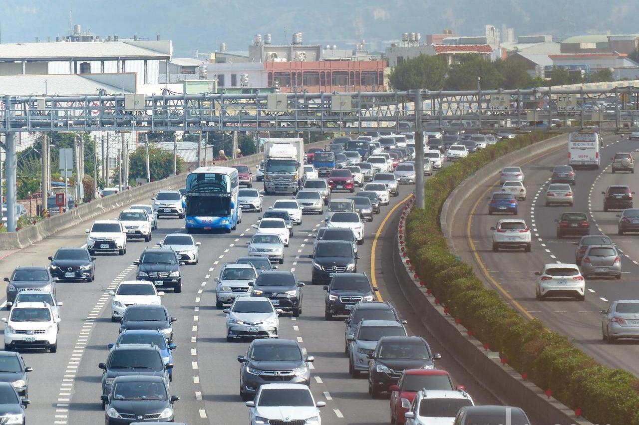 國慶連假別壞了遊興 要避開國道中部塞車地雷路段
