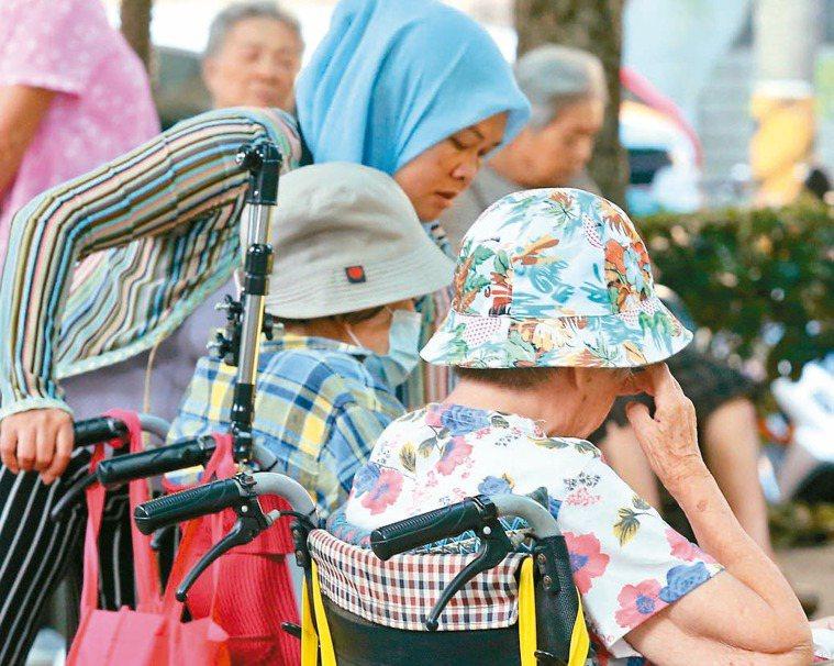 再過六年,台灣將邁入「超高齡化社會」。 記者林俊良/攝影