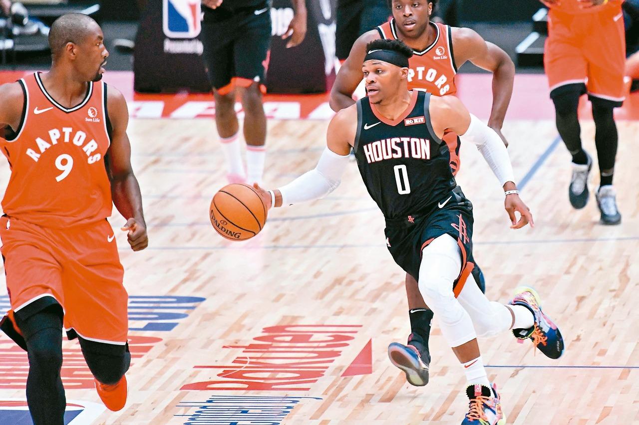 NBA/衛少挺身逆轉暴龍 報一「箭」之仇