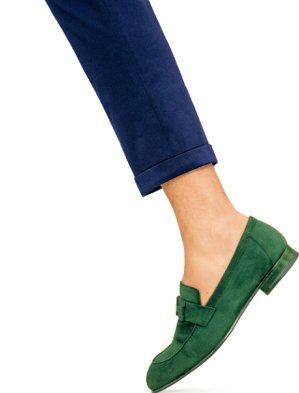Paris系列絨面山羊皮男鞋,35,800元。 圖/愛馬仕提供