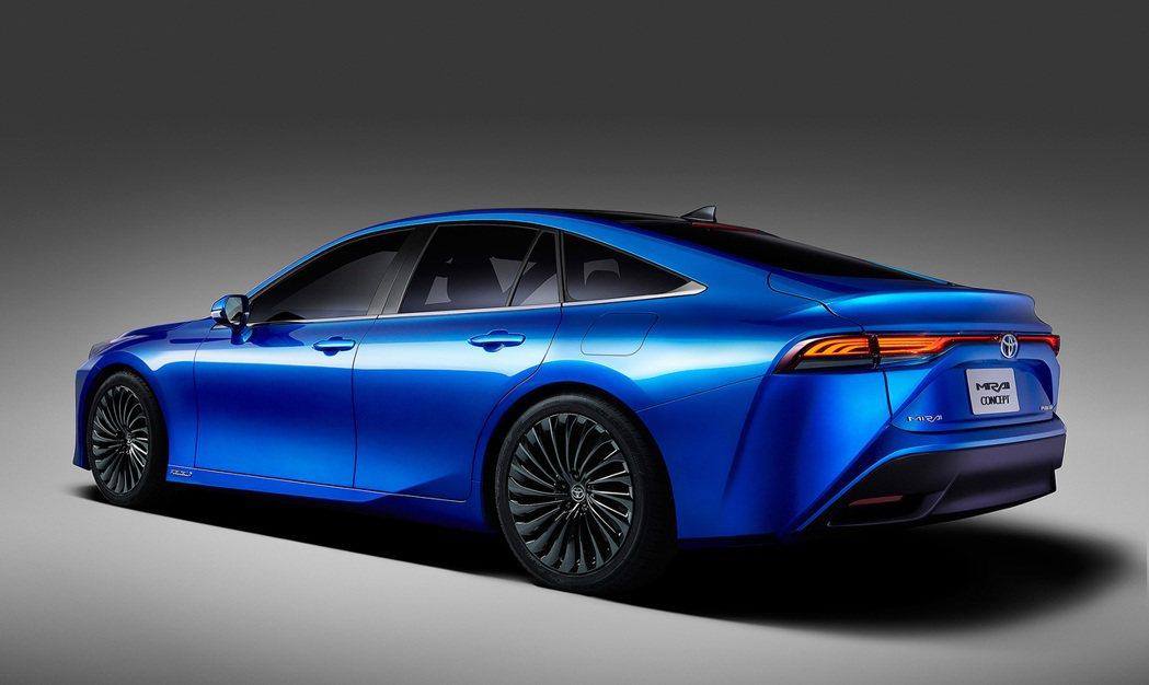 還只是概念版本的第二代Toyota Mirai Concept。 摘自Toyot...