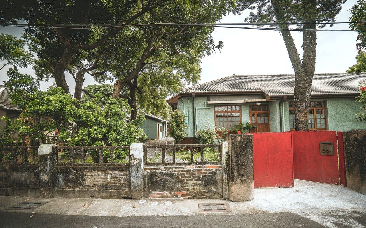 勝利新村全區有70餘棟房舍,落成時間橫跨日治時期及戰後初期。圖/勝利星村創意生活...