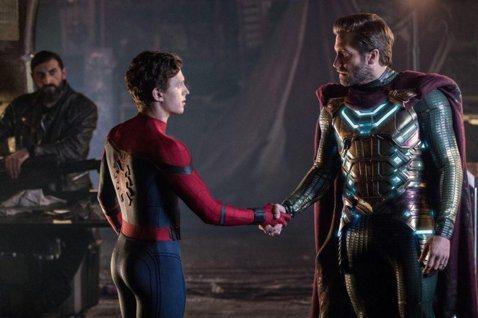 電影「蜘蛛人:離家日」全球評價票房熱賣,已破「蜘蛛人」系列票房最高紀錄,DVD、藍光以及影音串流發行時也有相當不錯的暢銷,最近「Screen Rant」報導指出,Ryan Meinerding再這部...