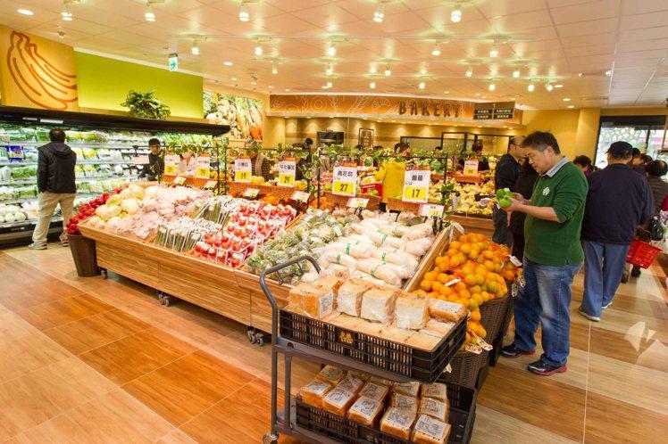 西川隆與全聯第一家合作的門市是泰山全興店,開幕至今保持店王寶座。圖╱全聯提供