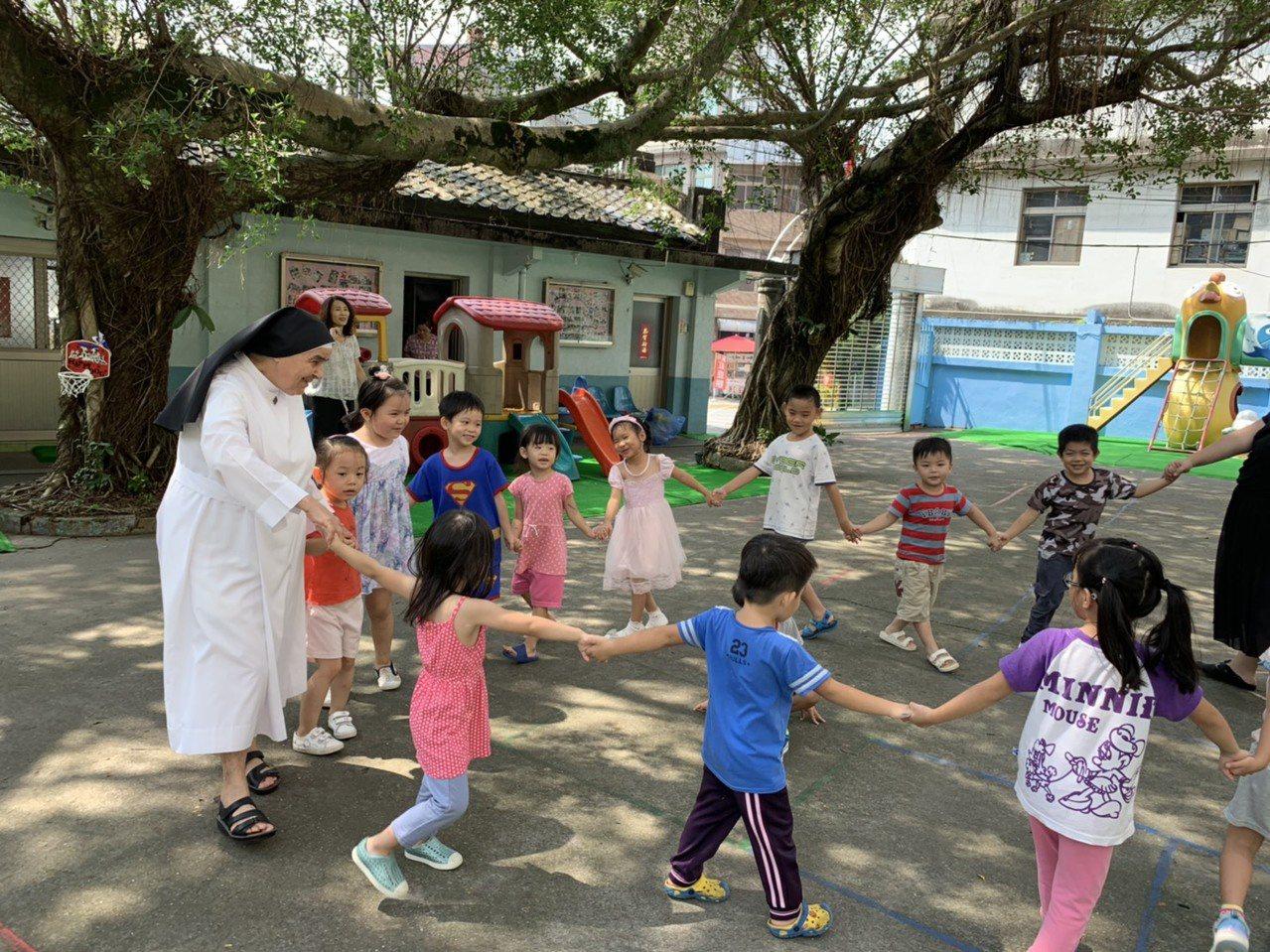 修女沒有退休的一天 83歲周寧慧來台奉獻幼教逾50年