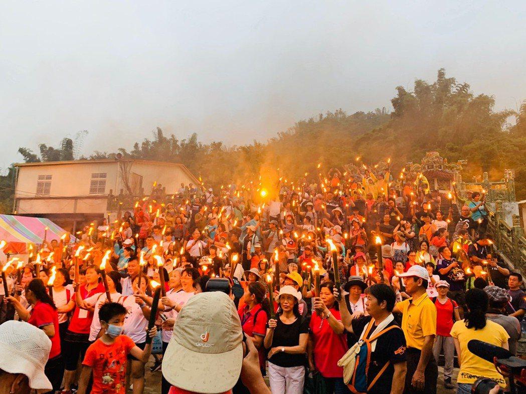 今年活動吸引600人參加,讓木梓湧入大量人潮。 主辦單位/提供