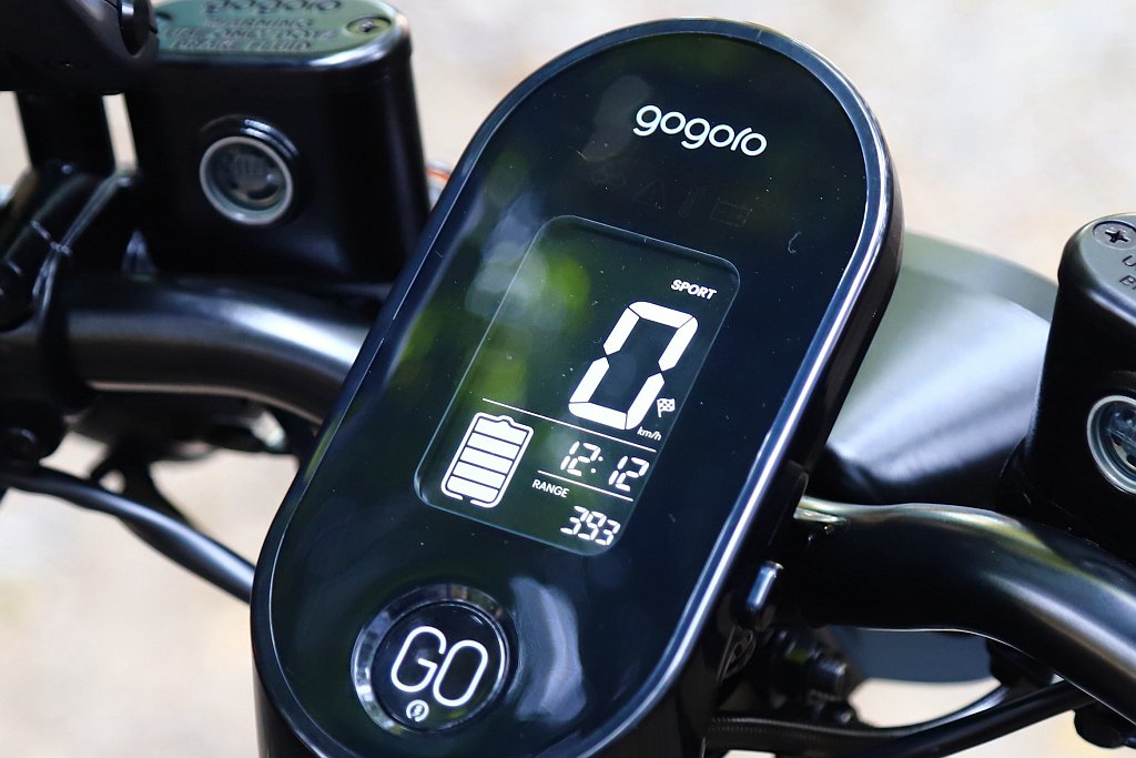 Gogoro VIVA也提供方格旗競速模式與SPORT性能提升方案(選配)。 記...