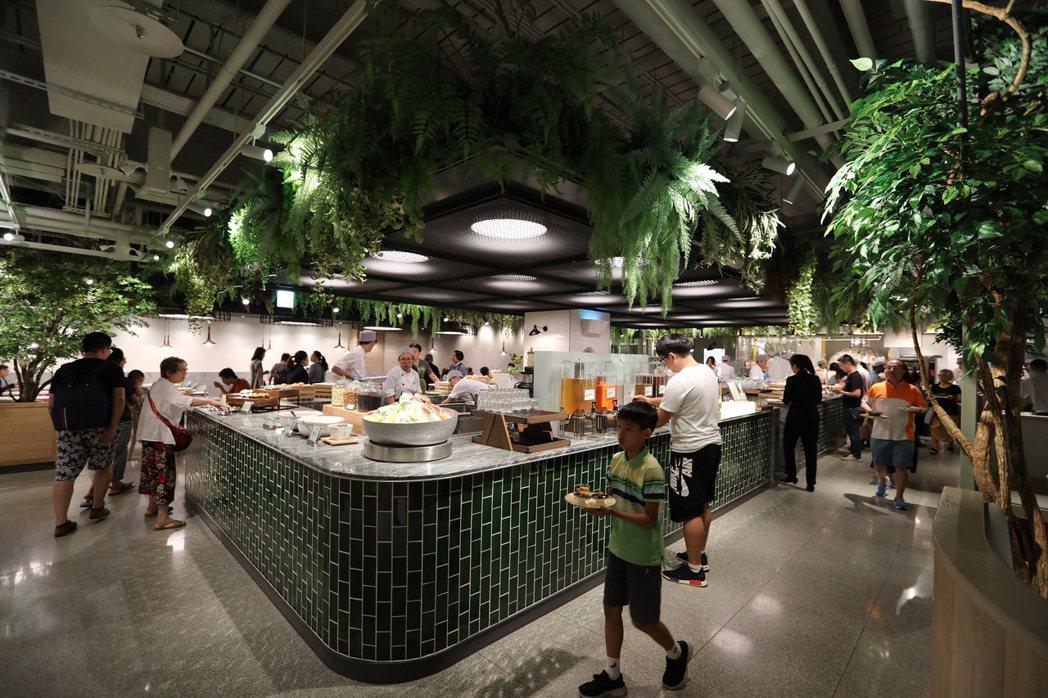果然匯是國內少見的蔬食自助餐廳,業績表現也不俗,自即日起至12月底,推出65歲(...
