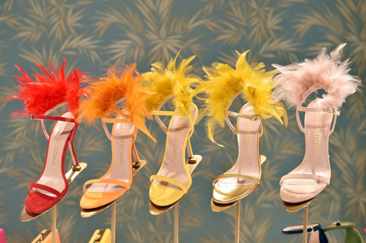 Stuart Weitzman鞋履2020春夏新色性感繽紛。圖/Stuart W...